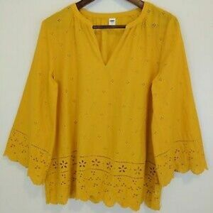Old Navy Yellow Squash Eyelet Top